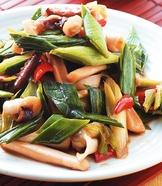 蒜苗炒魷魚