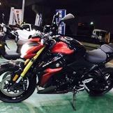 鈴木公升級紅牌 GSXS1000黑紅 2015年