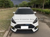 14 Ford Focus 5D 改 RS包 ST樣式