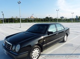 Mercedes-Benz E-Class Sedan E230 車況超好