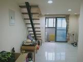 新竹市北區近火車站稀有挑高樓中樓附車位