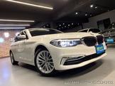 BMW 520I luxury 觸控螢幕鑰匙 無線充電板 5AS 大螢幕