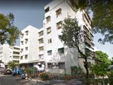 五甲商圈一樓邊間公寓=平面車位