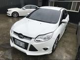 2013年 Focus 5D 1.6 白色  熱門車中古車二手車