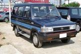 售1995年 瑞獅1.5 手排箱車 無待修 一手車 無鏽無事故泡水 有動力方向盤 車在桃園八德 0987707884小汪