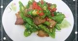 臘肉炒青龍椒(簡單料理)