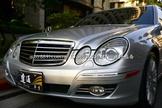 2007年 Benz E350 銀色 少跑 -達通車業