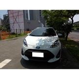 2017 豐田 Toyota Prius C 1.5 白色 油電車 轎車 五人座 省油 9氣囊 ~ 二手車 中古車