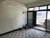 新北市三重區中央北路 公寓 近台北橋捷運站,三和夜市,三樓全新重新裝潢美寓