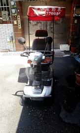 【台南安南區】老人四輪電動車.電動機車(誠可議,請試乘過,免爭議。)