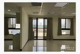 全新大樓,辦公直播網拍工作室,含車位
