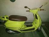 Vespa ET8 125 c.c螢光綠