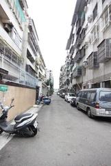 台中市北區國泰街 公寓 近一中商圈全新整理一樓美寓