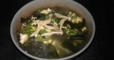 【好菇多多】雪白菇海帶芽湯