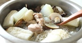 蛤蜊冬瓜竹笙雞湯