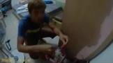 影/30歲啃老毒蟲不滿父母碎念 衝到警局自首