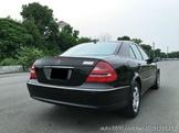 自售正2005年BENZ W211 E350 總代理
