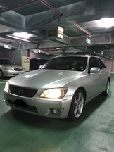 TOYOTA 凌志 LEXUS IS 200 使用中 1999年 1988cc