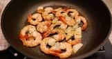橄欖油香蒜蝦-平底鑄鐵鍋料理