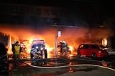 台南後壁車行火警2傷 初步排除縱火