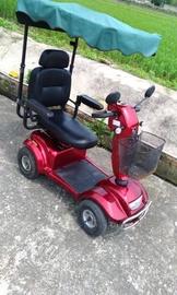 老人 電動車 代步車
